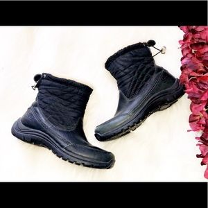 UGG Black Leather Fur Lined Snow Boots